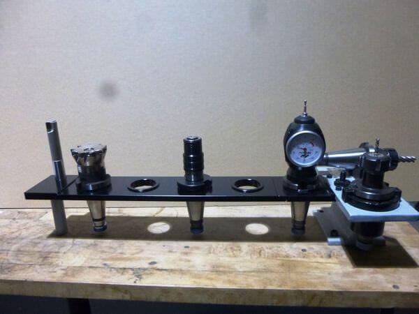 ocel držák ISO upínačů